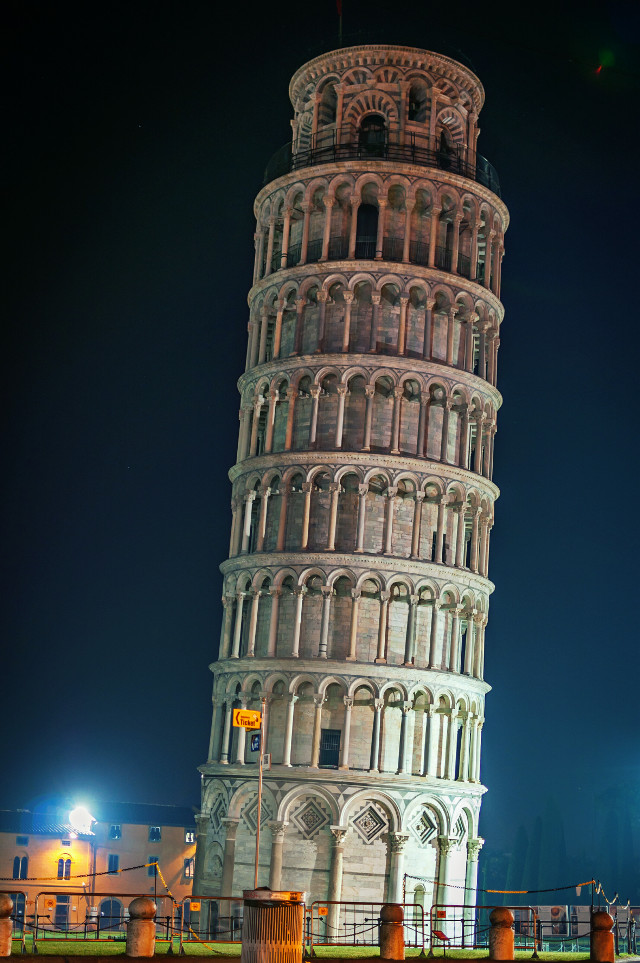 #angles :) #pisa #tower leans about at 3.99 degrees #italy #architecture #monument #travel  #photography #freetoedit