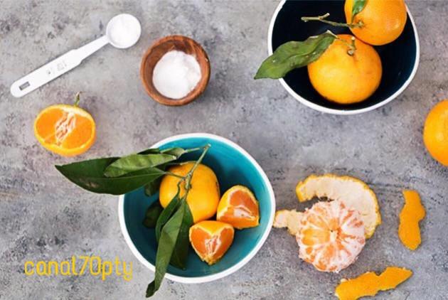 Evening snack #Snack #snacktime #oranges #citrus #yellow #sweet 😋🍊😋🍊😋🍊