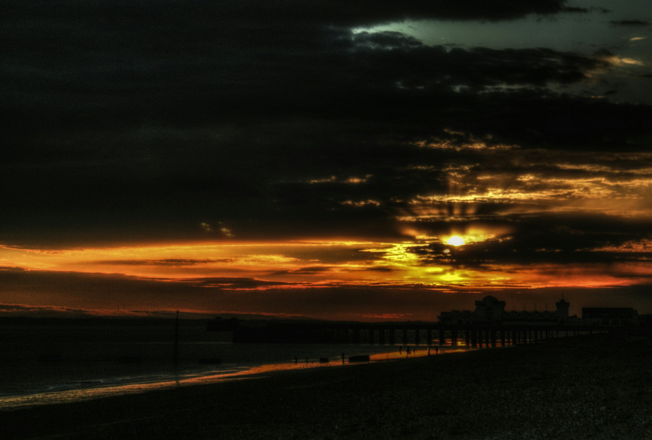 The end of the day.  #photography  #sunset #sky #clouds #sea #beach