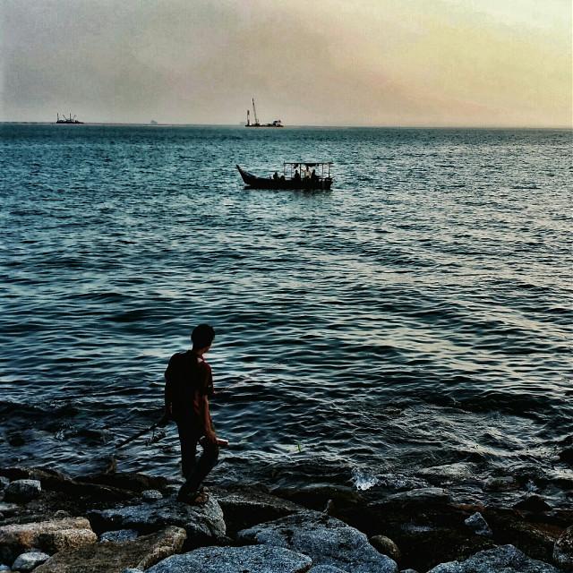 #sunset #sea #fishing #beach