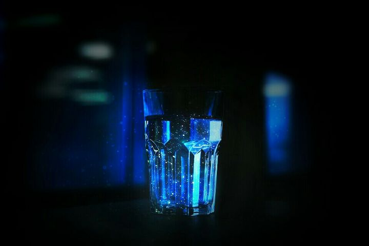ftecupofwater blue glow dark light