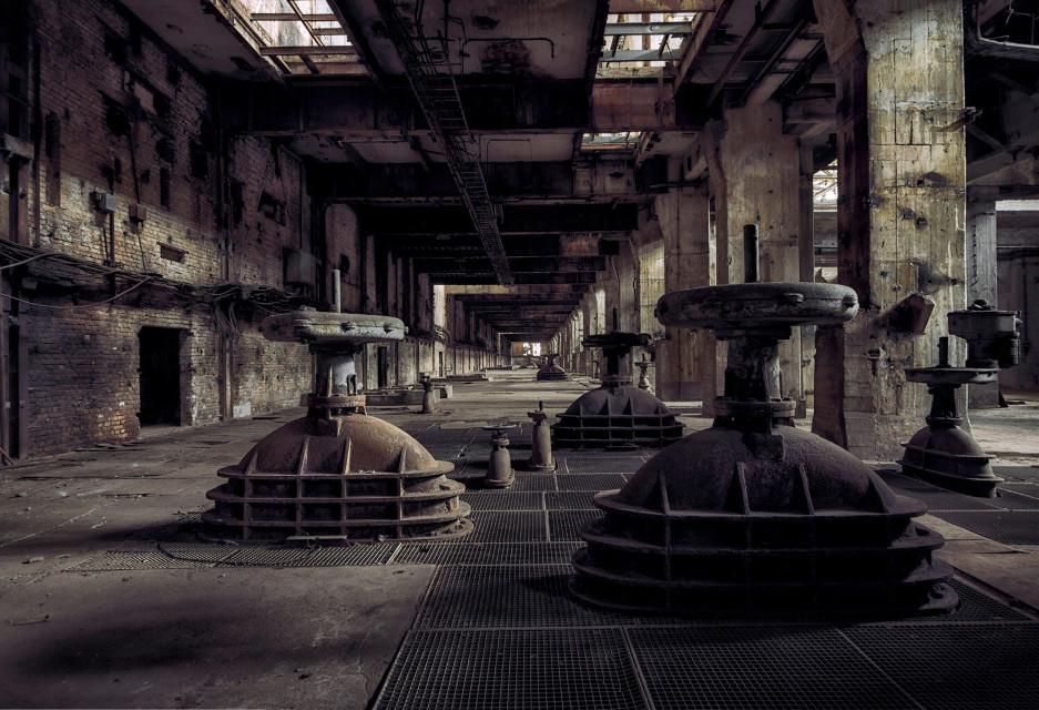 #abandoned #decay #architecture #art #lostplace #urbex #urbanexploration #forgotten #industrial #powerplant #art #photography